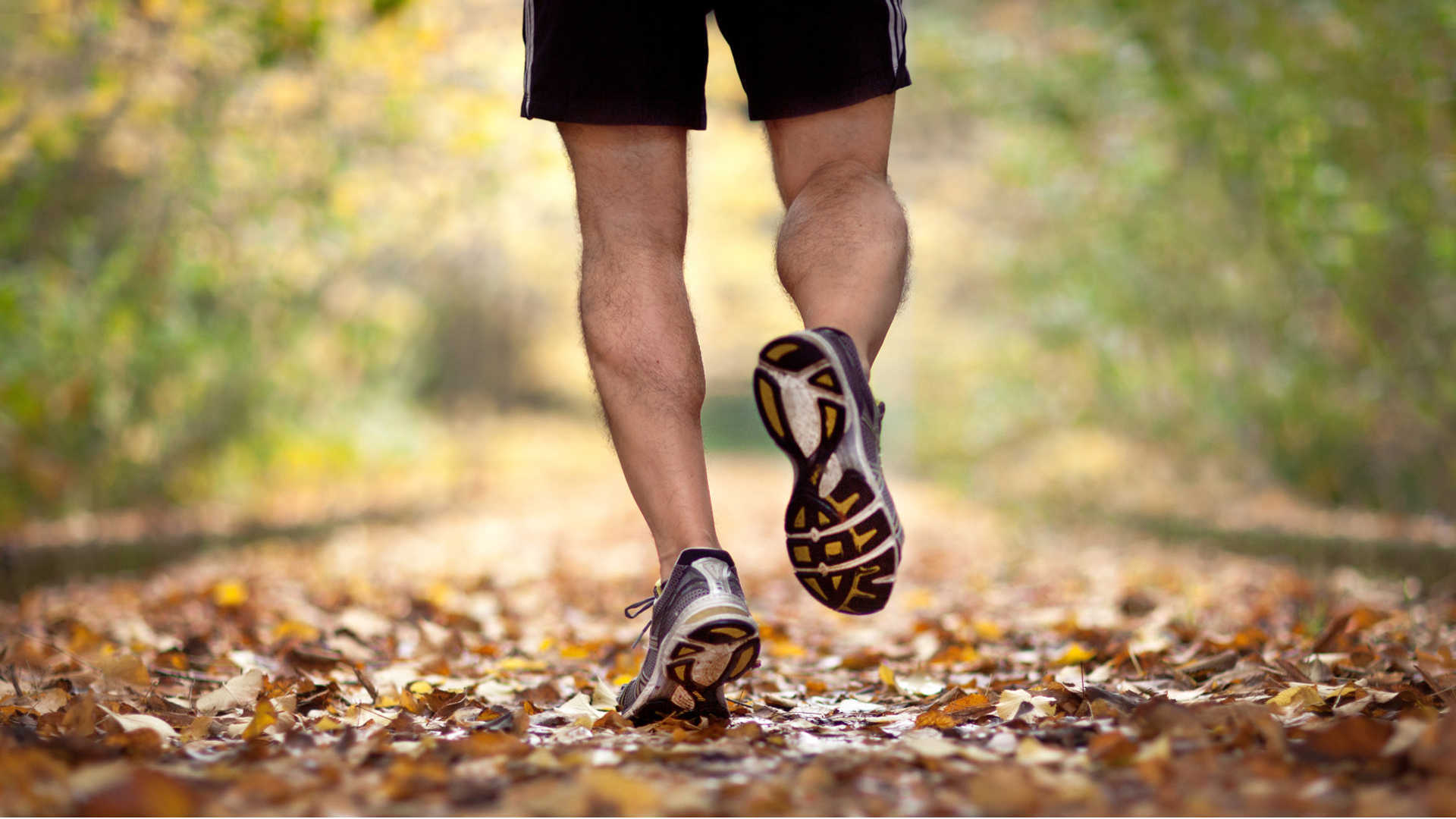 mens-running-shoes-hd-wallpaper-hdwallwide-com